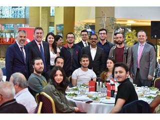 Vodafone Ankaralı Öğrencilerle İftarda Buluştu