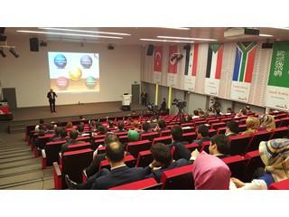 """ÇMD Başkanımız Metin Tarakçı, Albaraka Türk Katılım Bankası """"Dijital Dönüşüm Konferansı"""" nda, Çağrı Merkezi Sektörünün Geleceğini Anlattı!"""