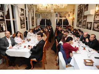 AssisTT Yönetimi Asistanlarla İzmir Lokasyonunda Buluştu