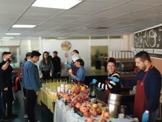 Callart Yöneticilerinden Çalışanlarına Taze Meyve Suyu İkramı